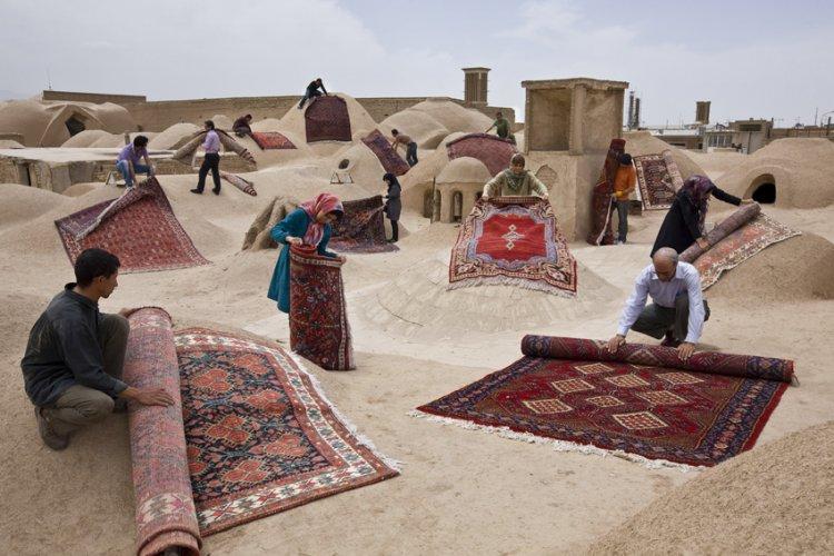 Jalal Sepehr: Knot